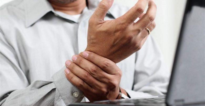 اسباب الم اليد اليسرى عند الزعل