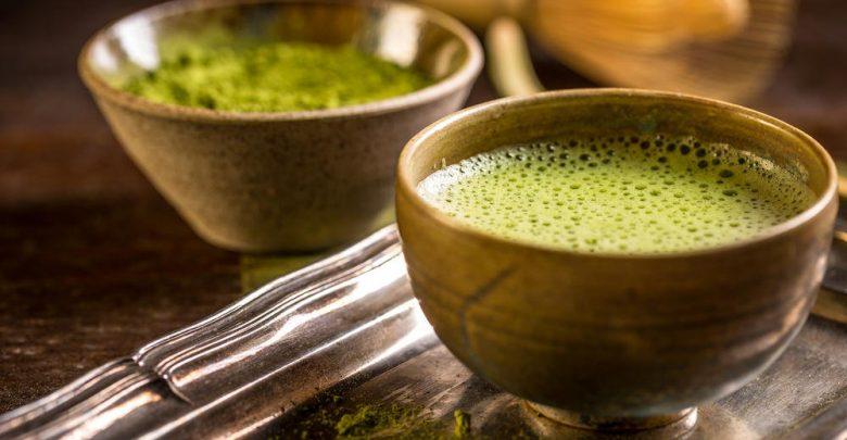 الفرق بين شاي الماتشا والشاي الاخضر
