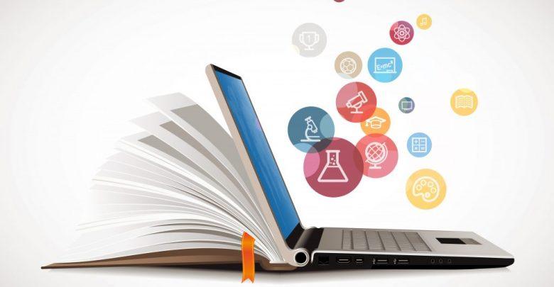 حوار بين الكتاب الورقي والكتاب الالكتروني